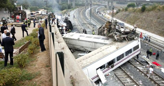 Kapıkule-İstanbul seferini yapan treninin vagonu devrildi: Yaralılar var..